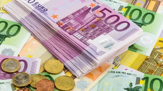 bani euro - Shutterstock