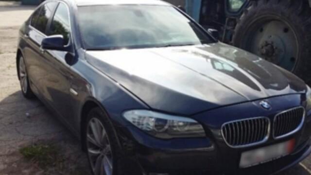 Un BMW cautat de Interpol, retinut la frontiera Republicii Moldova. Cine se afla la volanul bolidului