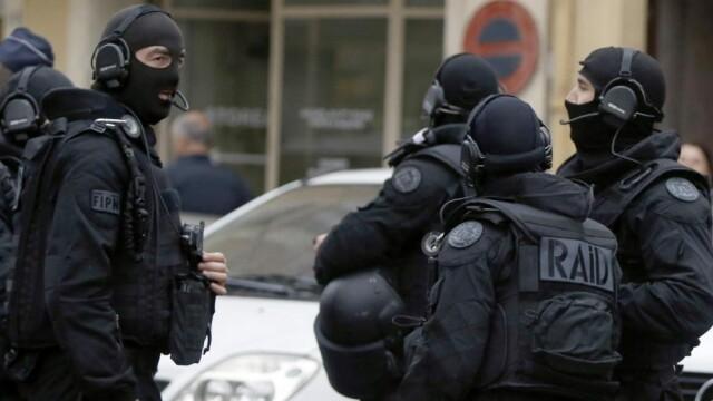 Operatiune antitero in nordul Parisului. O intreaga familie, inclusiv copii, a fost arestata
