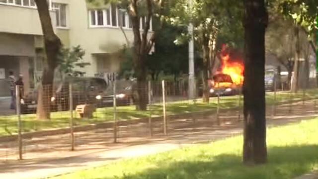 masina in flacari pe bulevardul Titulescu