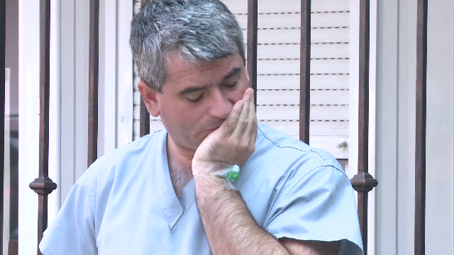 Medicul care s-a electrocutat in timpul operatiei vrea sa dea spitalul in judecata. \