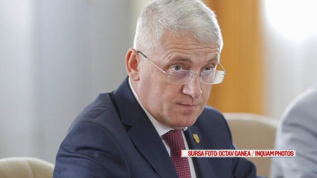Ministrul Apararii, senatorul PSD Adrian Ţuţuianu