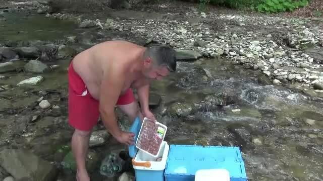 Turisti Valea Rasnoavei