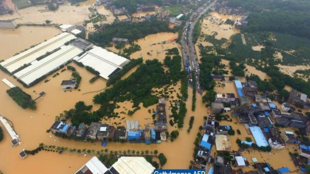 Inundatii catastrofale in sudul Chinei: 15 morti