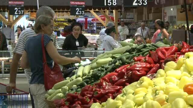 Fructe hipermarket