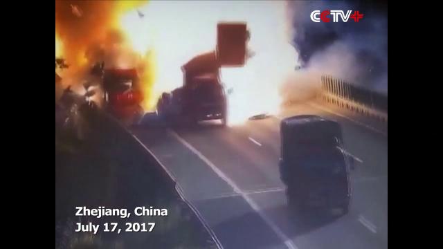 camion, explozie, china,