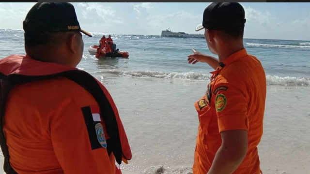 Cel puțin 34 de persoane au murit, după ce un feribot s-a scufundat