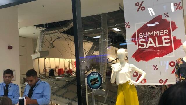 mall Constața, tavan căzut