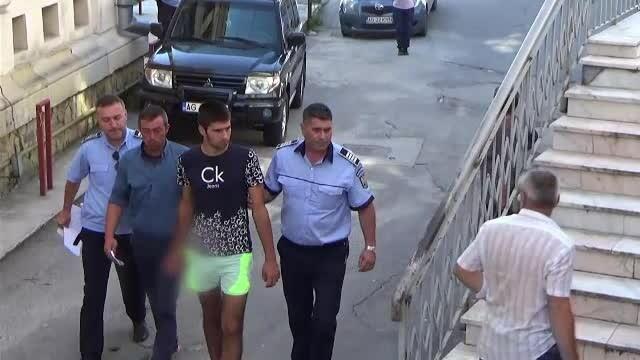 Un bărbat a venit cu 10 lei la barbut și le-a luat toți banii prietenilor. În final, a fost bătut