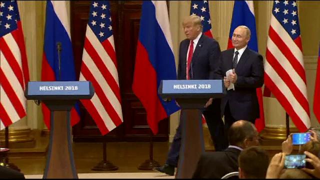 """Donald Trump, criticat dur pentru comportamentul de la summitul cu Putin: """"Cea mai jenantă prestație"""""""