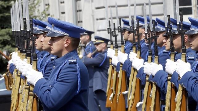 Bosnia va trimite armata la graniţe pentru a se apăra de migranţi