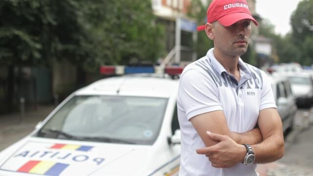 """Șoferul cu numerele anti-PSD se simte hărțuit. """"Aseară, o motocicletă de poliție se plimba prin jurul blocului meu"""""""