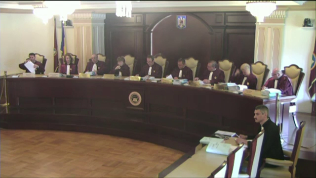 CCR a amânat dezbaterea sesizării referitoare la alegerea lui Meleşcanu ca șef al Senatului