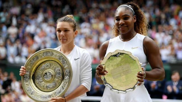 Primele imagini cu Simona Halep cu trofeul de la Wimbledon. GALERIE FOTO - Imaginea 23