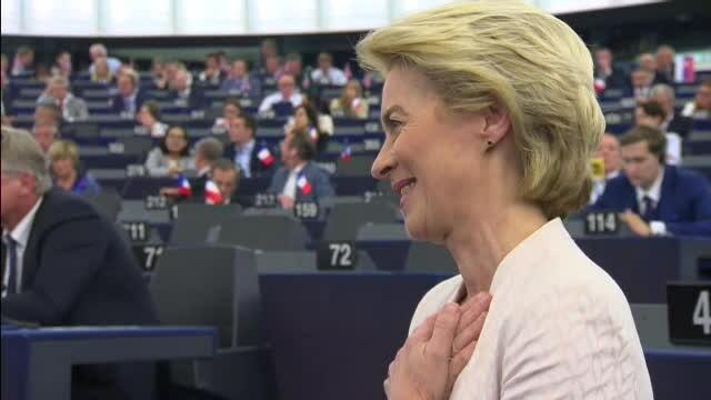 Preşedintele ales al Comisiei Europene a propus-o pe Rovana Plumb la Transporturi