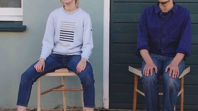 O femeie a creat scaunul care îi obligă pe bărbați să stea cu picioarele lipite. Reacțiile lor - Imaginea 2