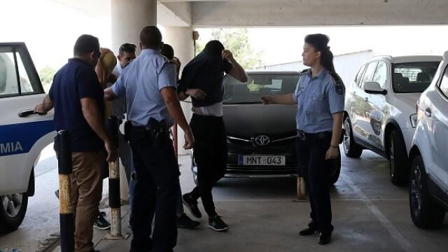 12 tineri acuzați că au violat o turistă de 19 ani în camera ei de hotel. Mărturia victimei - Imaginea 1