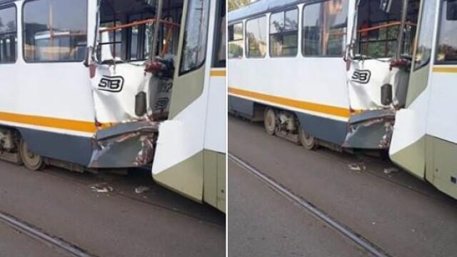 Două tramvaie s-au ciocnit în Capitală: O persoană a fost rănită