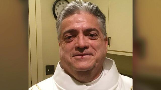 Preot rănit într-un accident după ce a furat bani din parohie. Ce au găsit polițiștii la el acasă - Imaginea 2