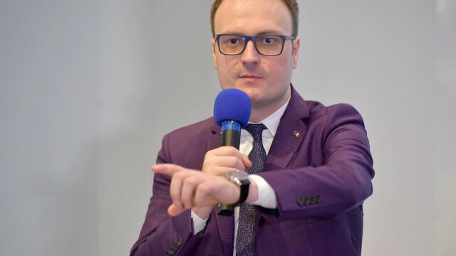 Cine e Alexandru Cumpănașu, candidatul legat de drama din Caracal, care trage cu arma - Imaginea 2