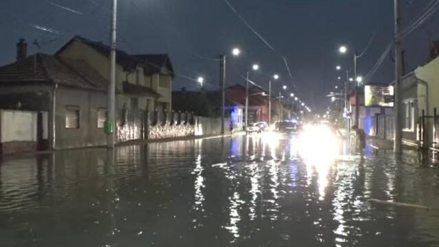 România, lovită de un ciclon! Vin furtuni, grindină şi ploi torențiale
