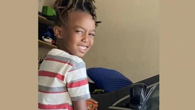 Atac armat la un mall din SUA. Un băiețel de 8 ani a fost ucis. VIDEO - Imaginea 1