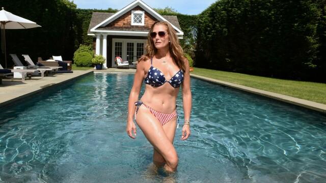 Brooke Shields, de nerecunoscut la 55 de ani. Are un corp de invidiat. GALERIE FOTO - Imaginea 3