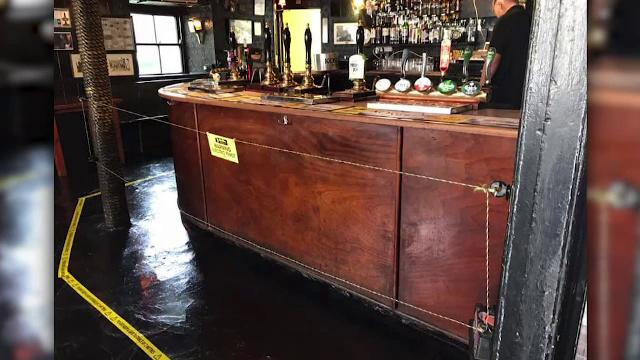Gard electric fals, într-un pub din Marea Britanie