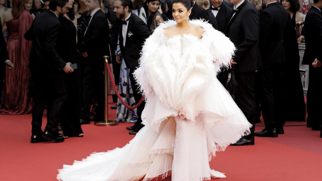 Actriţă indiană Aishwarya Rai Bachchan, diagnosticată cu Covid-19, a fost spitalizată - 5