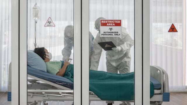 Centre de recuperare pentru pacienții vindecați de Covid-19. Cu ce probleme au rămas