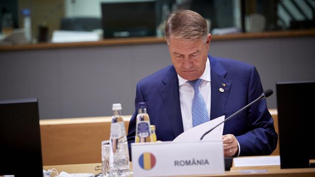 Iohannis, fotografiat fără mască la summit-ul UE. Explicațiile Administrației Prezidențiale - Imaginea 13