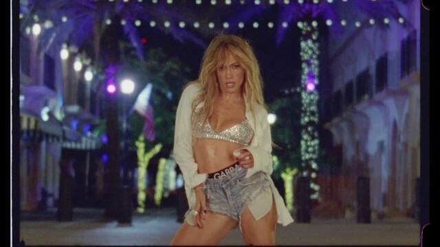 Jennifer Lopez, în ipostaze incendiare într-un nou videoclip. Mesajul ascuns din versuri - Imaginea 7