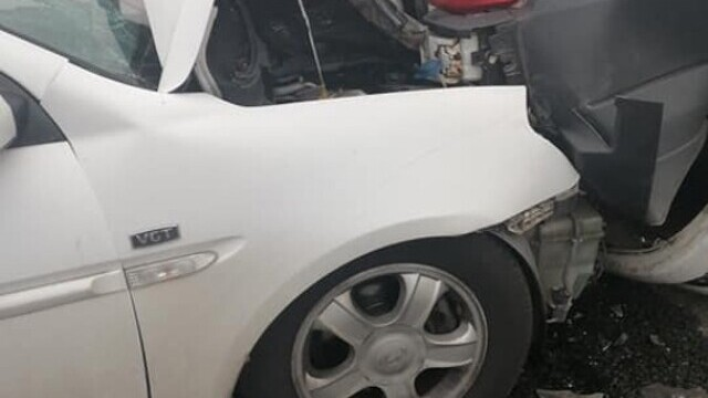 """Cauza carambolului de pe A2. Șofer: """"Mergeam cu 90 de km/h şi dintr-o dată am văzut numai lumini roşii"""" - Imaginea 8"""