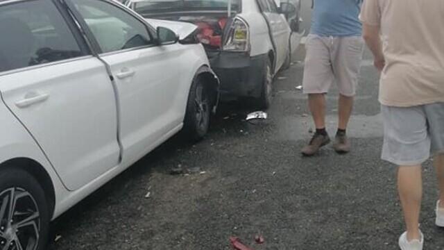 """Cauza carambolului de pe A2. Șofer: """"Mergeam cu 90 de km/h şi dintr-o dată am văzut numai lumini roşii"""" - Imaginea 6"""