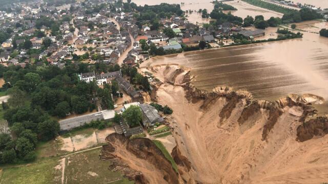 """Analiză AFP: De ce inundaţiile din Europa sunt atât de devastatoare? """"Pământul devine din ce în ce mai cald"""" - Imaginea 6"""