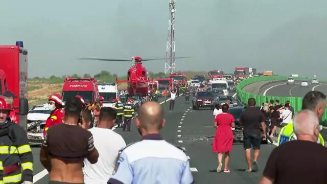 """Cauza carambolului de pe A2. Șofer: """"Mergeam cu 90 de km/h şi dintr-o dată am văzut numai lumini roşii"""" - Imaginea 1"""