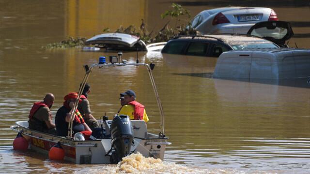 """Analiză AFP: De ce inundaţiile din Europa sunt atât de devastatoare? """"Pământul devine din ce în ce mai cald"""" - Imaginea 4"""
