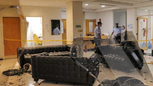 Proteste față de restricțiile anti-Covid, în Cipru. Un post de televiziune a fost atacat. GALERIE FOTO - Imaginea 1