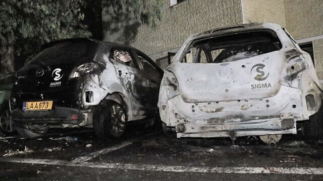 Proteste față de restricțiile anti-Covid, în Cipru. Un post de televiziune a fost atacat. GALERIE FOTO - Imaginea 6