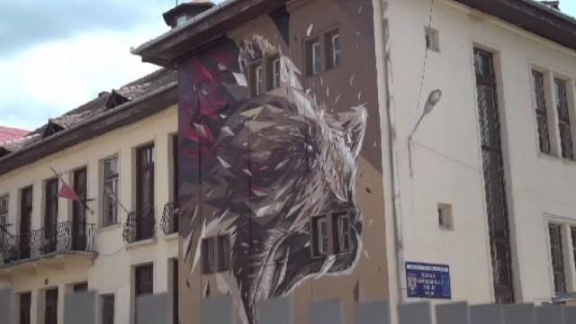 Arta urbană cucerește ușor, dar sigur, România. Artiștii stradali propun un set de proceduri