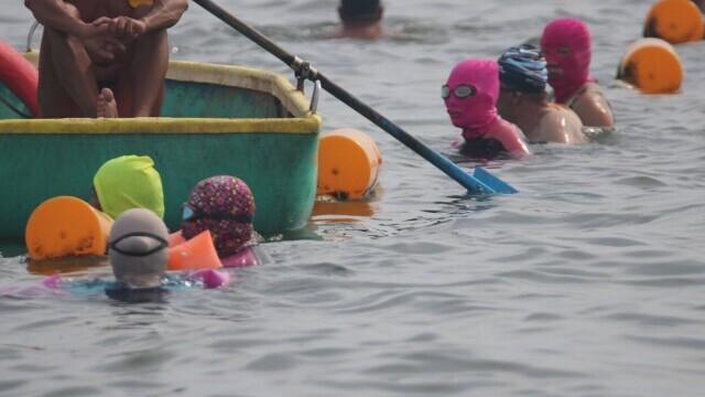 """Țara în care femeile poartă pe cap masca """"Facekini"""" pentru a nu se bronza deloc. GALERIE FOTO - Imaginea 10"""