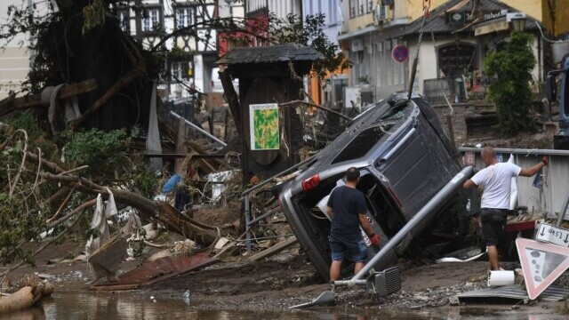 """Analiză AFP: De ce inundaţiile din Europa sunt atât de devastatoare? """"Pământul devine din ce în ce mai cald"""" - Imaginea 1"""