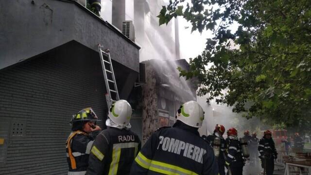Incendiu la complexul de la Piaţa Delfinului din Bucureşti. 65 de persoane au fost evacuate - Imaginea 2