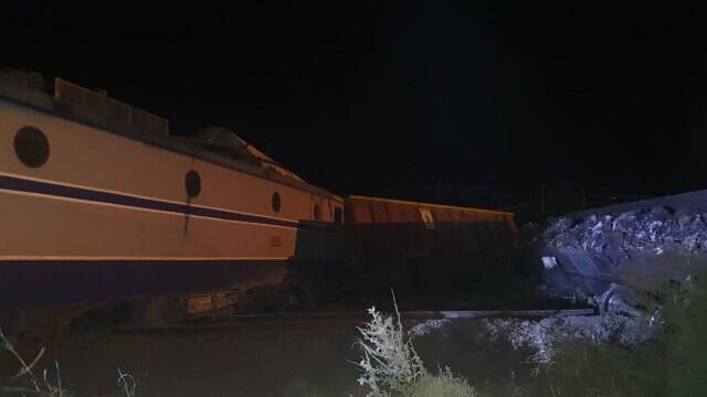 Două trenuri s-au ciocnit la Fetești. Mecanicul era băut. Drulă: Sistemul de frânare automată nu a funcționat - Imaginea 4