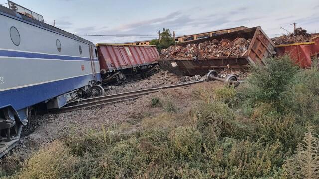 Două trenuri s-au ciocnit la Fetești. Mecanicul era băut. Drulă: Sistemul de frânare automată nu a funcționat - Imaginea 7