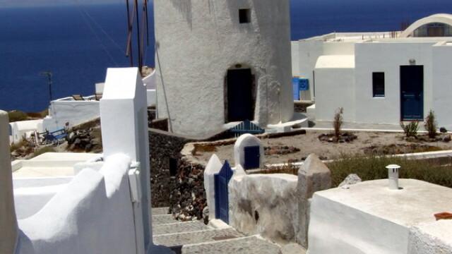 Creta si Santorini: mare, sare, vant, soare adormit - Imaginea 1