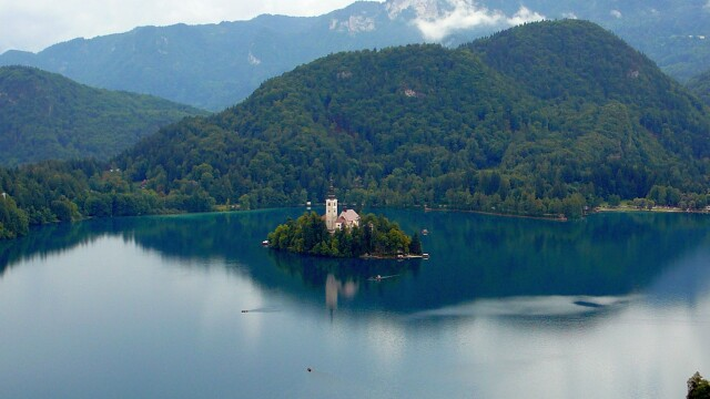 Viziteaza Slovenia! Un adevarat paradis natural - Imaginea 4