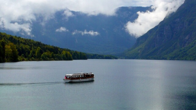 Viziteaza Slovenia! Un adevarat paradis natural - Imaginea 5
