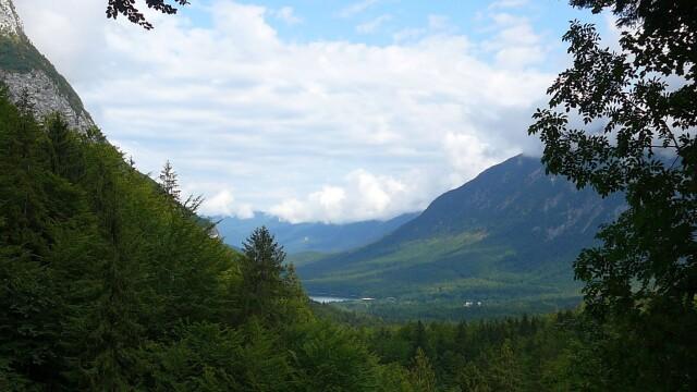 Viziteaza Slovenia! Un adevarat paradis natural - Imaginea 6