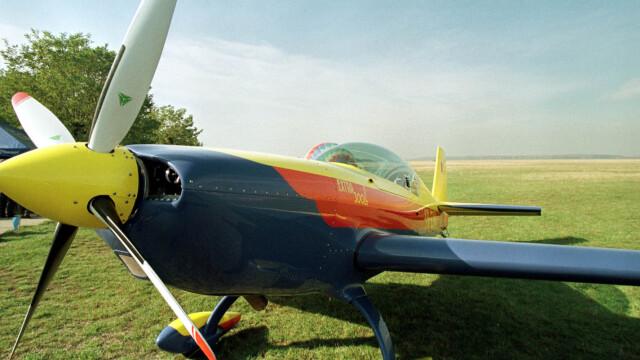 Tragedie la Clinceni! Un pilot a murit dupa ce s-a prabusit cu avionul - Imaginea 2
